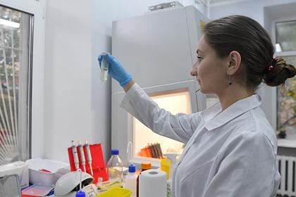 Вторую российскую вакцину от COVID-19 выпустят в ноябре