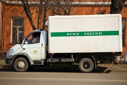 В российском регионе осужденная за разбой пара сбежала из-под конвоя