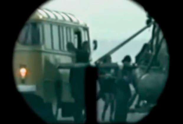 Террористы под прикрытием заложников садятся в Ми-8