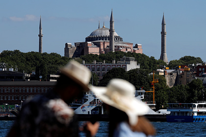 Российская журналистка описала реальную ситуацию в Турции при пандемии