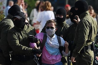 В Минске начали задерживать участников акции протеста