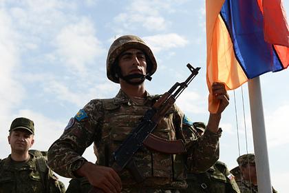 Ереван оценил данные осотнях убитых армянских военных вкарабахском конфликте