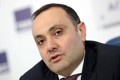 Армения оценила возможность обращения за помощью к России