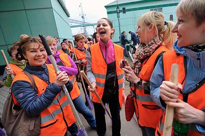 Россияне посчитали работу ненужной для женщин