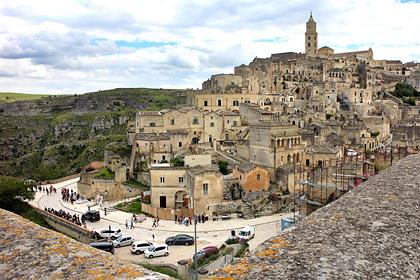 Юные туристки рассказали о групповом изнасиловании во время отпуска в Италии