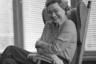 Мусаэльян называл Брежнева человеком с большой буквы. К примеру, на отдыхе генсек мог спокойно подать обслуживающему персоналу пиво. Окружение ценило доброе отношение главы государства и старалось не злоупотреблять его доверием.  <br> <br> По словам фотографа Брежнева, генсек был человеком искренним и неспесивым. Однажды Мусаэльян отснял в Кремле переговоры Брежнева с Хафезом Асадом (отцом нынешнего президента Сирии<i>— прим. «Ленты.ру»</i>), однако, выйдя из кабинета, обнаружил, что фотоаппарат не был заряжен пленкой. Фотокорреспондент признался, что оплошал, однако генсек вошел в его положение, разрешил сделать еще несколько кадров после переговоров и ни разу после не упрекнул его в промахе.