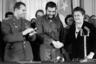 Он самозабвенно отдавался работе и до знакомства с Брежневым. Мусаэльян занимался темой космоса, которую страстно любил. По его собственному признанию, он был готов с утра до ночи торчать на Байконуре или в Звездном городке. <br> <br> Космическую тему он так и не оставил. Однажды ему позвонили из Москвы, когда он ожидал старта ракеты на Байконуре, и потребовали на следующий день быть в Болгарии на партийном съезде. Мусаэльян летел тремя самолетами, но успел к назначенному времени и отснял все, что нужно.  <br> <br> Наутро газеты вышли сразу с двумя фотографиями Мусаэльяна: с ракетой на старте и с Леонидом Ильичом на трибуне съезда.