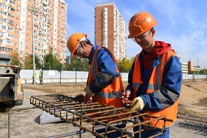 Россияне назвали необходимую для нормальной жизни зарплату