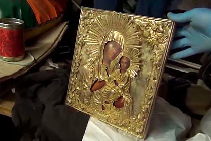 ФСБ и МВД раскрыли кражу подаренной Путиным монастырю на Валдае иконы