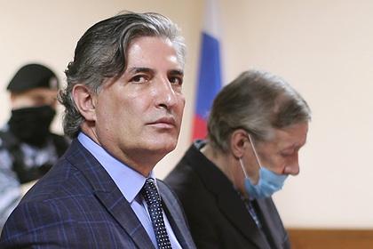 Ефремов подтвердил свою позицию вотношении облитого фекалиями Пашаева