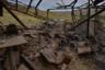 На снимке запечатлен разрушенный дом в жилом районе города. Вооруженные силы Азербайджана нанесли удар по Мартуни в первый же день боевых действий, почти двое суток продолжались обстрелы с использованием гаубиц Д-30 советского производства и реактивных систем залпового огня (РСЗО) «Град».