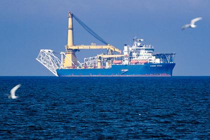 Способное достроить «Северный поток-2» судно вышло из порта