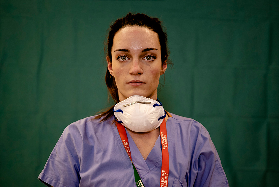 25-летняя медсестра Мартина Паппонетти в марте 2020-го оказалась на передовой борьбы с коронавирусом в Италии