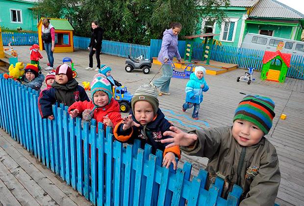 Воспитанники дома малютки в Ямало-Ненецком автономном округе