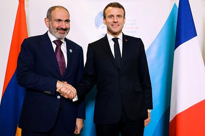 Пашинян обсудил сМакроном ситуацию вКарабахе