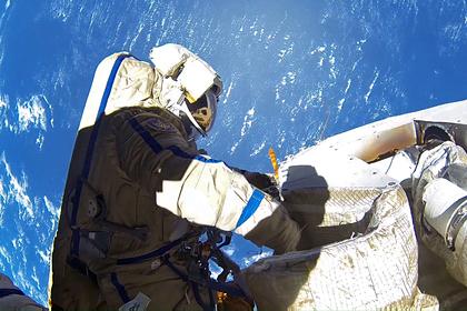 Российские космонавты вернулись к переработке мочи в воду