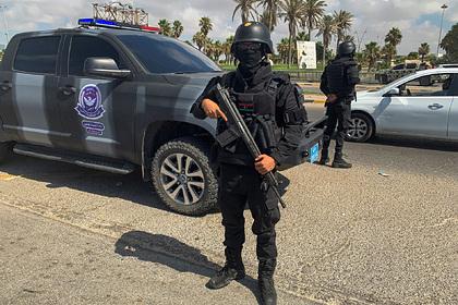 Мощный взрыв прогремел около столицы Ливии