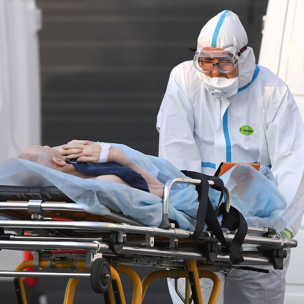 Россиянам назвали важный признак тяжелого развития коронавируса: Общество:  Россия: Lenta.ru