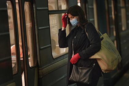 Россиян предупредили о риске повторного использования одноразовых перчаток