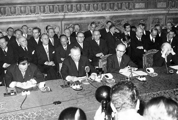 Подписание договора о ЕЭС и Евратоме