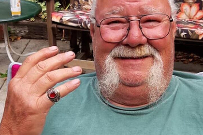 Жена нашла потерянное 53 года назад кольцо мужа
