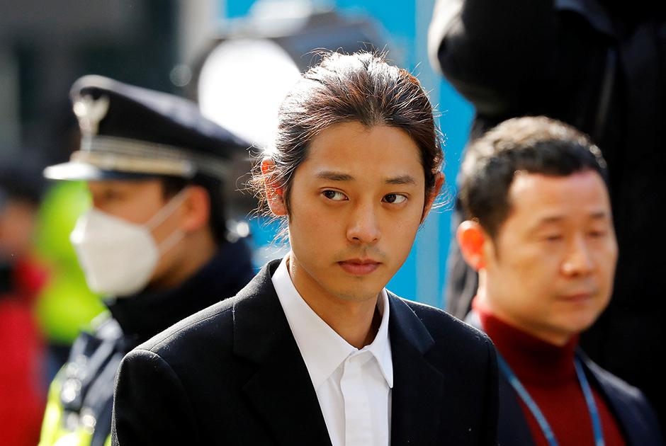 Дунг Джуун-янг из кей-рок-группы Drug Restaurant, обвиненный в изнасиловании женщины