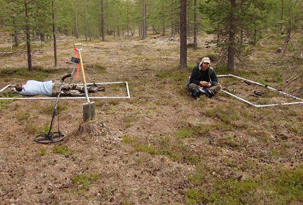 Майкл Фармер во время экспедиции в Швеции