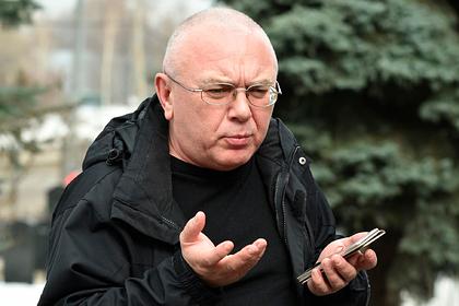 Журналиста Павла Лобкова госпитализировали с сотрясением мозга