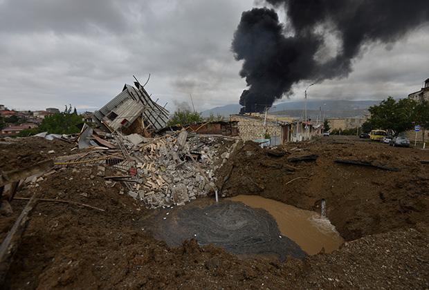 Степанакерт после бомбардировки
