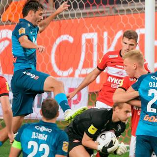 «Спартак» наказали за нарушение правил в матче с «Зенитом»