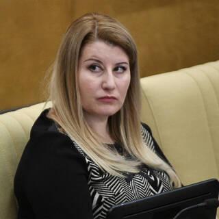 Елена Строкова
