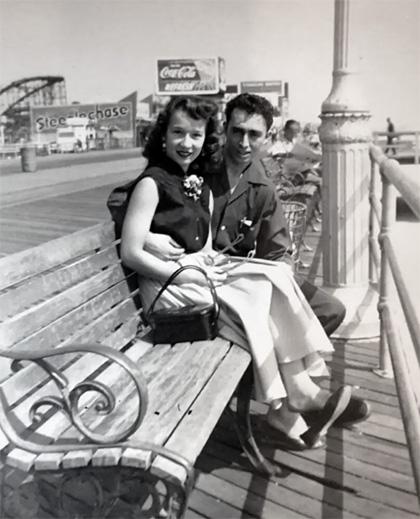 Майкл Тевис с Джоан