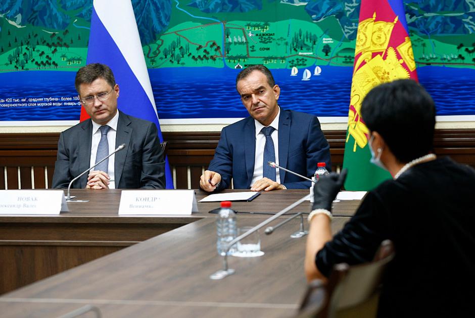 Вениамин Кондратьев заявил о необходимости освободить граждан от оплаты за укладку газовых труб.