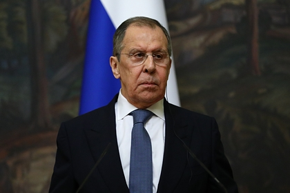 Лавров обсудил ситуацию в Карабахе с главами МИД Армении и Азербайджана