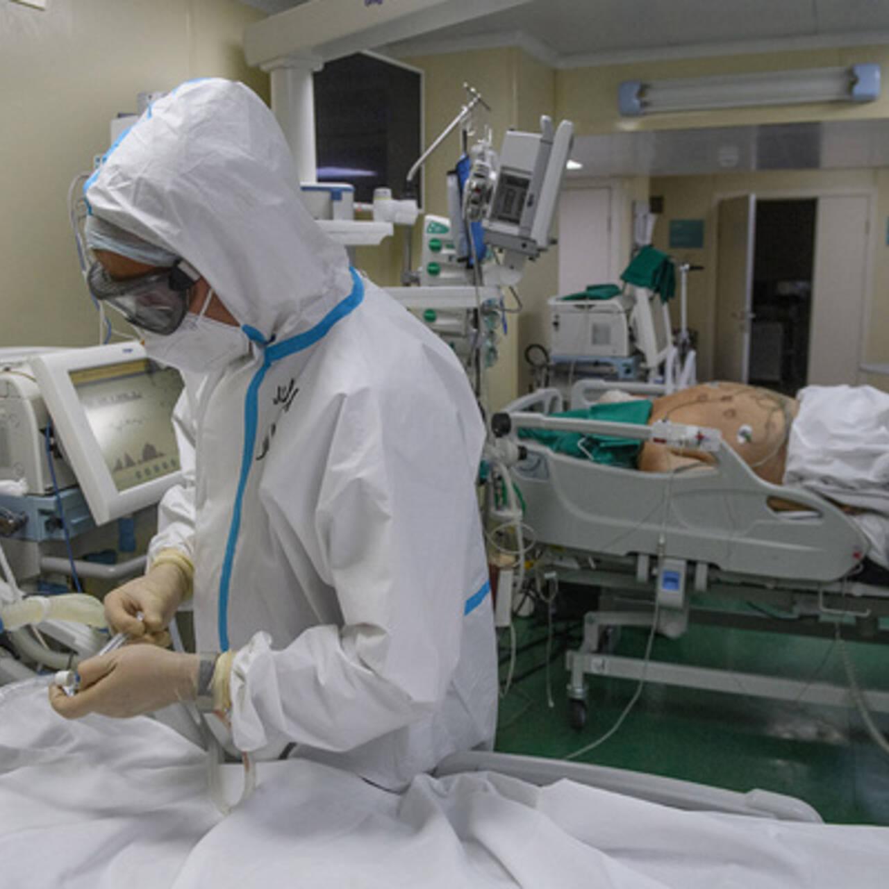 Назван увеличивающий вдвое риск смерти от COVID-19 фактор: Наука и техника:  Lenta.ru