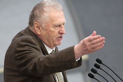 Жириновский предложил запретить выезд из России