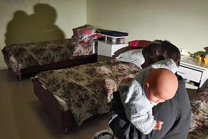 В России воспитательница детсада насильно кормила захлебывавшегося едой ребенка