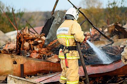 Россиянка сожгла дотла чужой дом и отделалась условным сроком