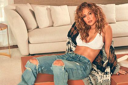 Новое фото Дженнифер Лопес в наряде в стиле 90-х взволновало фанатов
