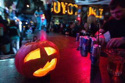 Хэллоуин в России предложили заменить на День похоронщика