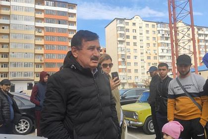 Жители Дагестана вышли на народный сход из-за убийства школьницы
