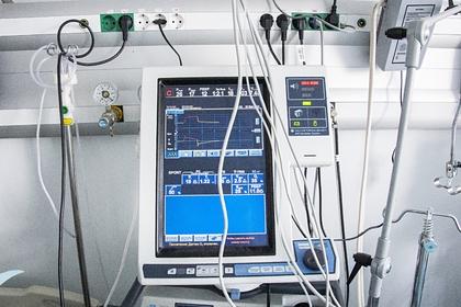В США потребовали расследовать поставки аппаратов ИВЛ изРоссии