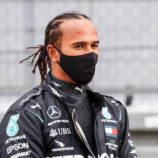 Шестикратного чемпиона «Формулы-1» возмутили действия российского гонщика