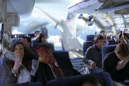 Российский спасатель раскрыл способы выжить в падающем самолете