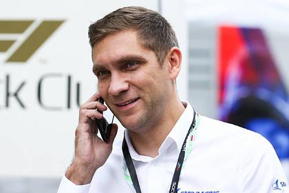 В «Формуле-1» ответили на возмущение Хэмилтона в адрес российского гонщика