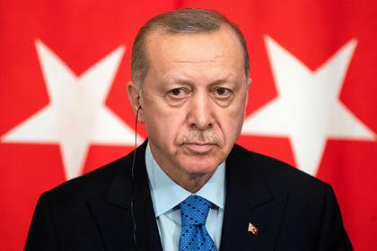 Эрдоган раскритиковал заключение мира в Ливии