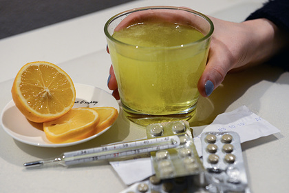 Россиян предупредили об опасности ежедневного приема витаминов