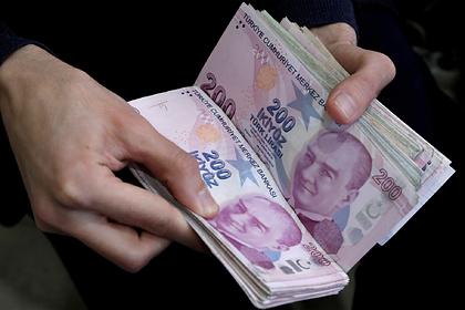 Турецкая валюта рухнула в1990-е