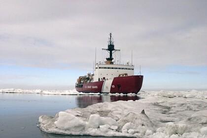 США призвали сотрудничать с Россией ради «блокирования» Китая в Арктике