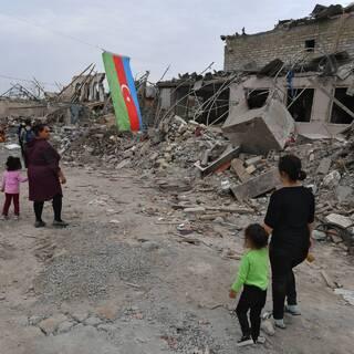 Город Гянджа после обстрела